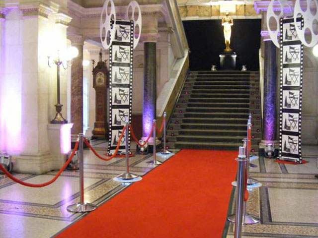 hollywood-themed-event-booking