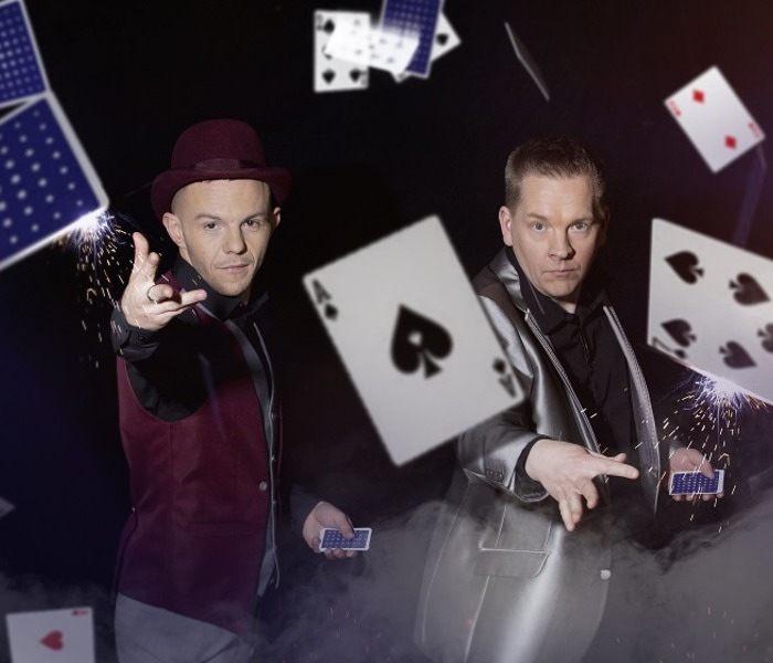 Close Up Magicians for hire, table magician for hire