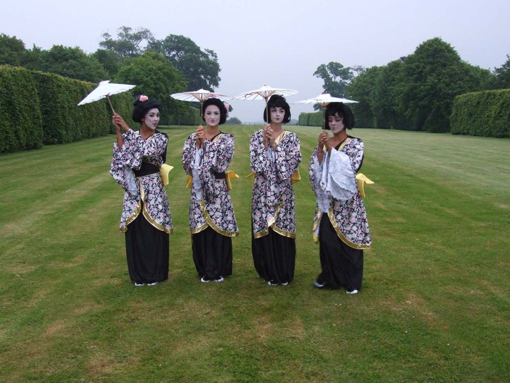 Oriental Chinese Performers Acts for hire
